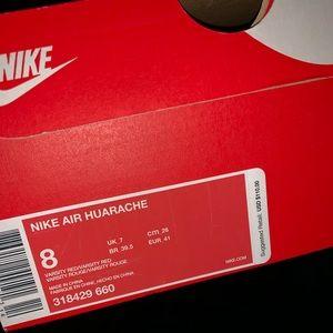Nike Huaraches Size 8 Men's/ Size 9 Women's